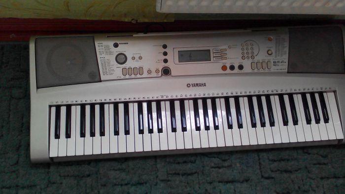 Продам синтезатор YMAHA E303 - фото 2