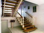 Виготовлення дерев'яних сходів.