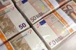 Позика грошей між особливо в короткостроковій і довгостроков