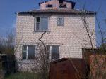 продаю ділянку з будинком під розбирання