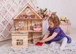 Кукольный домик из натурального дерева.