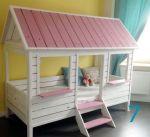 Детская кроватка домик из массива Украинский производитель