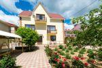 Заміський будинок на березі Чорного моря