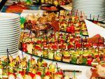 Послуги з приготування страв і святкових столів