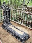 Пам'ятники штучний камінь