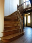 Окна,двери,лестницы из натурального дерева на заказ