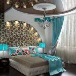 Натяжной потолок со скрытым освещением любой формы