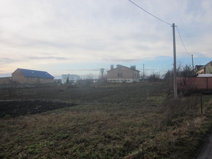 Продам земельну ділянку м. Рівне - фото