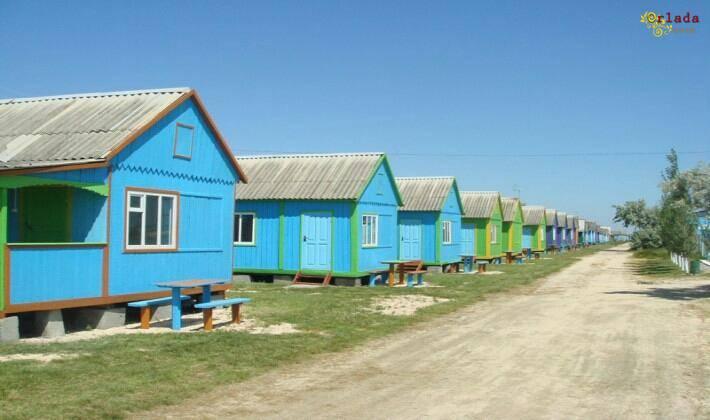 Отдых на Азовском море. Снять домик у моря. Арабатская Стрелка - фото