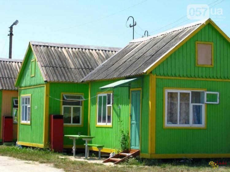 Арендовать домик на берегу Азовского моря. Отдых в Счастливцево - фото