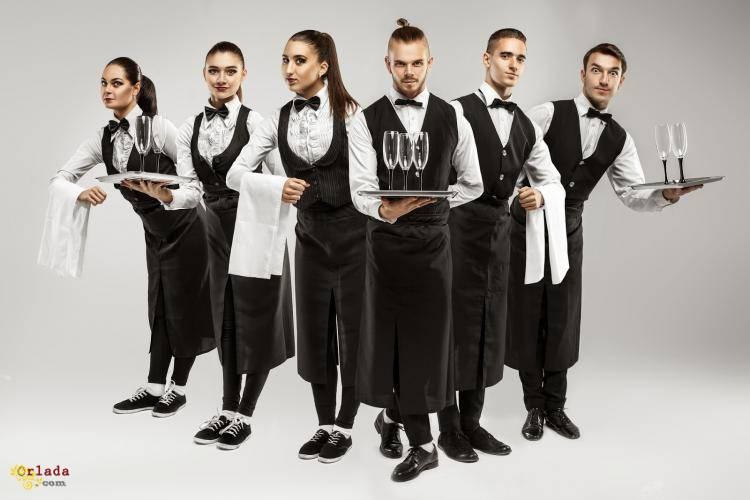Потрібні офіціанти,бармен,адміністратор - фото