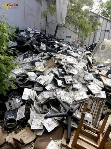 Закупаем отходы пластмассы, пэт бутылки, пленки. - фото