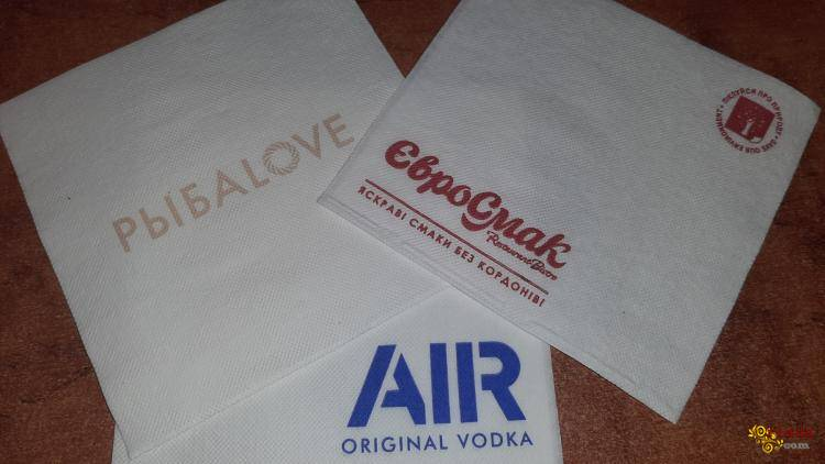 Салфетки крафтовые пакеты от производителя с логотипом Вашей компании - фото