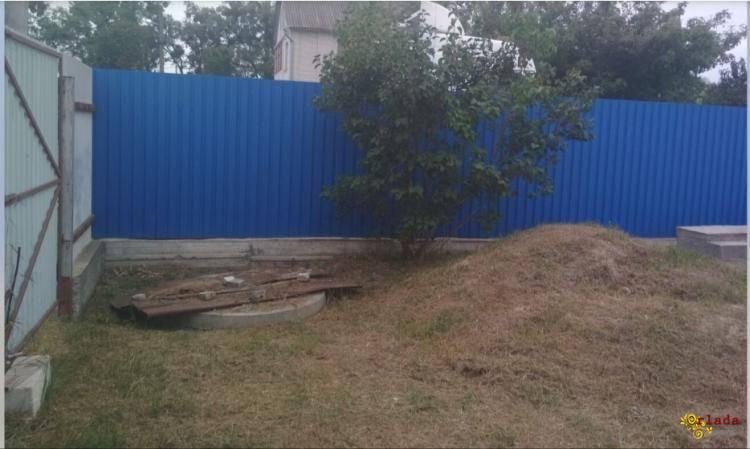 Участок в Обухове, на Дзюбовке с забором и фундаментом - фото