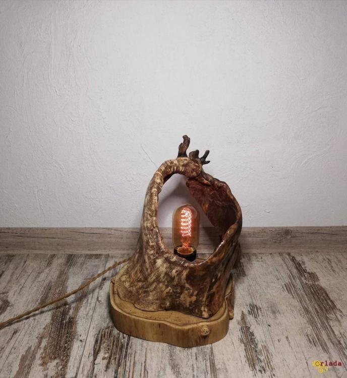 Світильники ручної роботи з дерева - фото