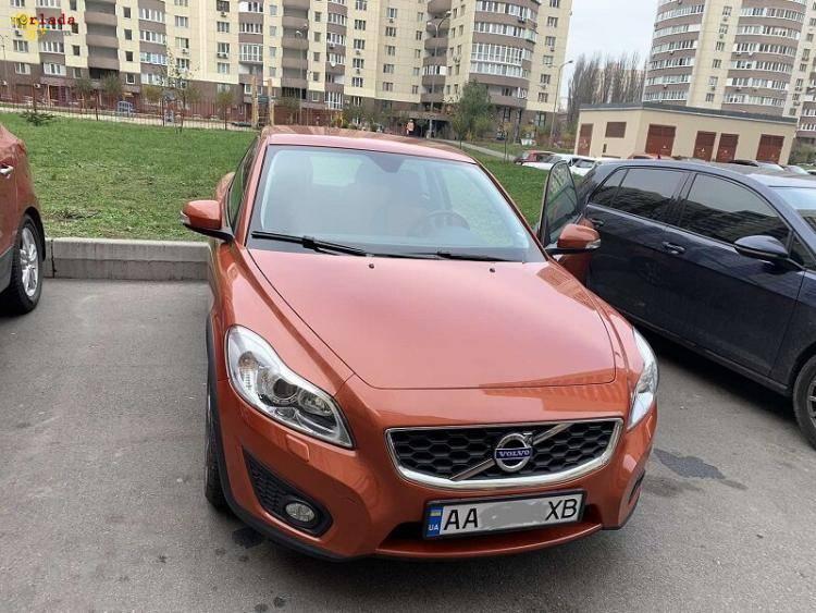 Продам свою машину Вольво С30 - фото