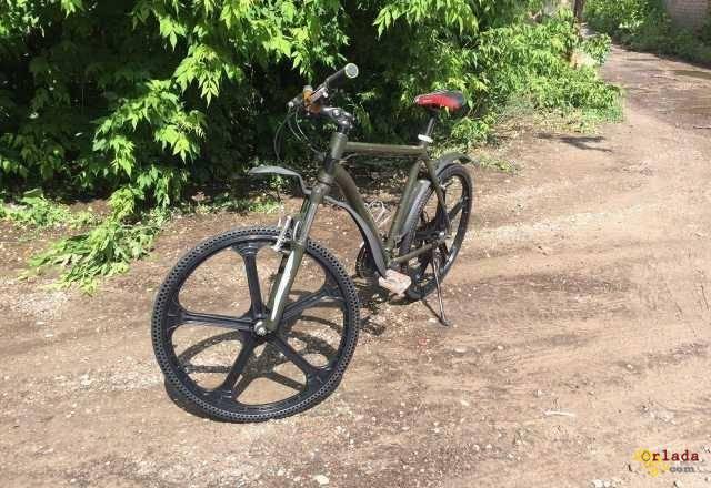 Велосипедне Колесо з безкамерної покришкою 26 X 1, 5 - фото