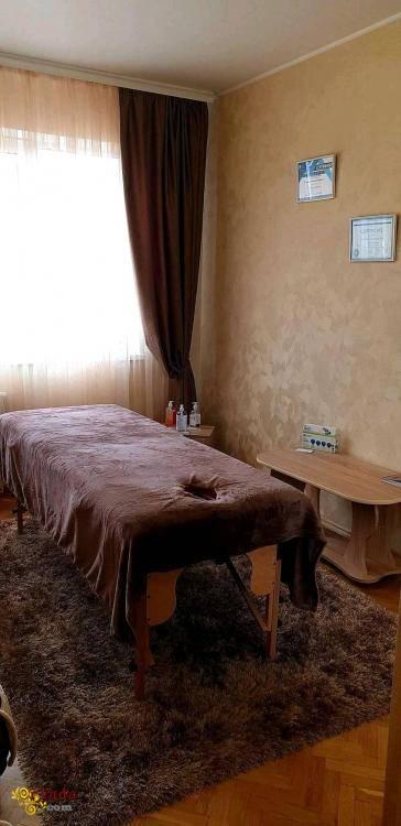 Услуги массажа в Киеве. Массаж, Троещина - фото