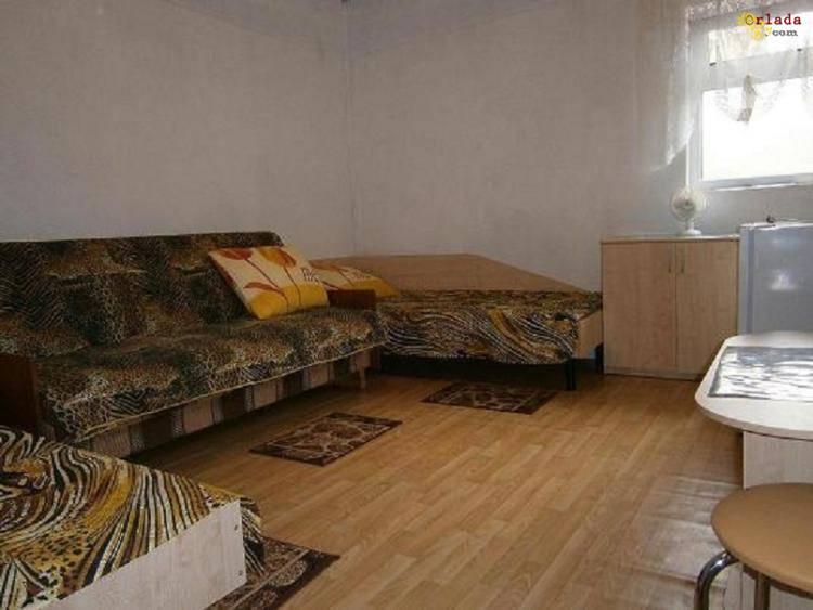 Комнаты для отдыха у моря Затока курорт Каролино-Бугаз Дешево с удобствами Рядом Аквапарк - фото