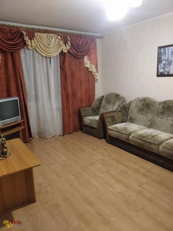 Продам или обменяю на Харьков ,собственную2х комнатную квартиру в самом центре Миргорода - фото