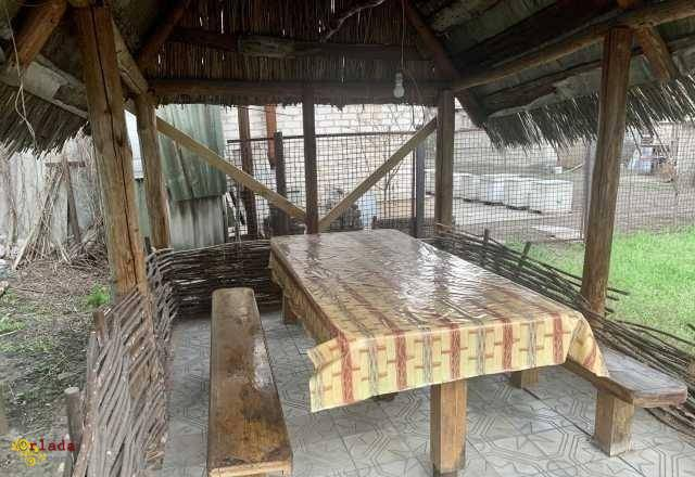 Домик в Святогорске у леса - фото