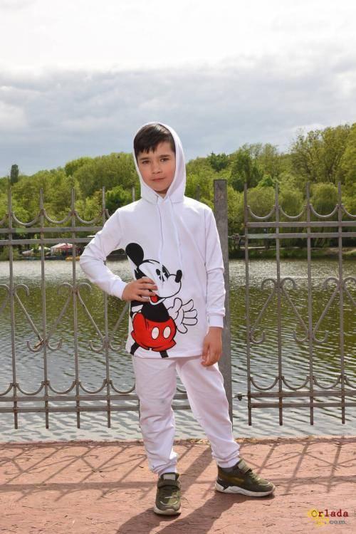 спортивний костюм - фото
