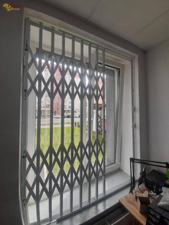 Грати розсувні від злому на двері та вікна. Виготовлення Одесса - фото