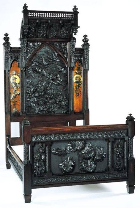 Куплю антикварную мебель, дорого куплю старинную мебель. - фото