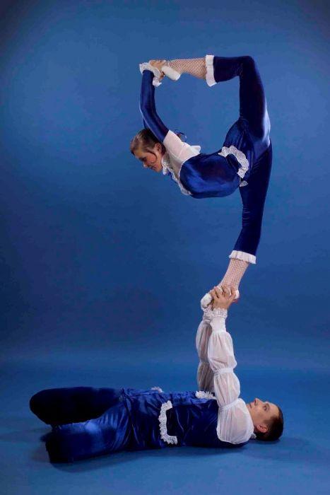 снимки цирковые акробатические пары фото фотошторы должны казаться