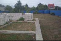 Участок в Обухове, на Дзюбовке с забором и фундаментом - фото 1