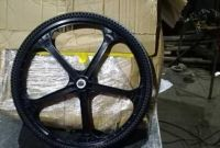Велосипедне Колесо з безкамерної покришкою 26 X 1, 5 - фото 0